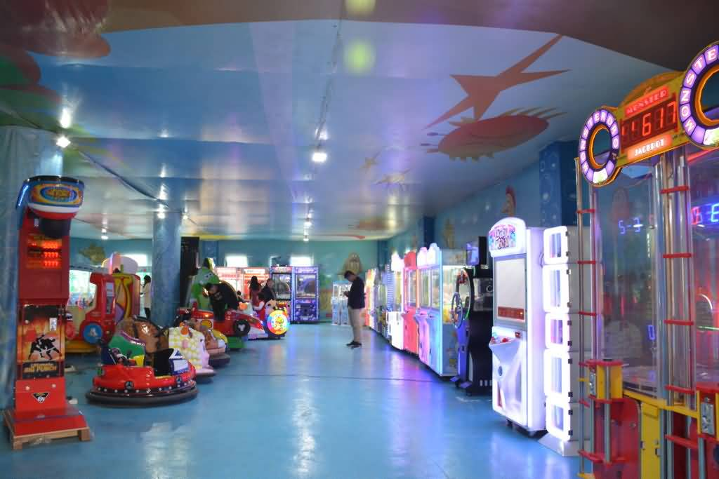 Family Entertainment Centers Game Machine Supplier