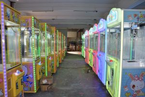 What Are the Problems in Purchasing Claw Crane Machines ?