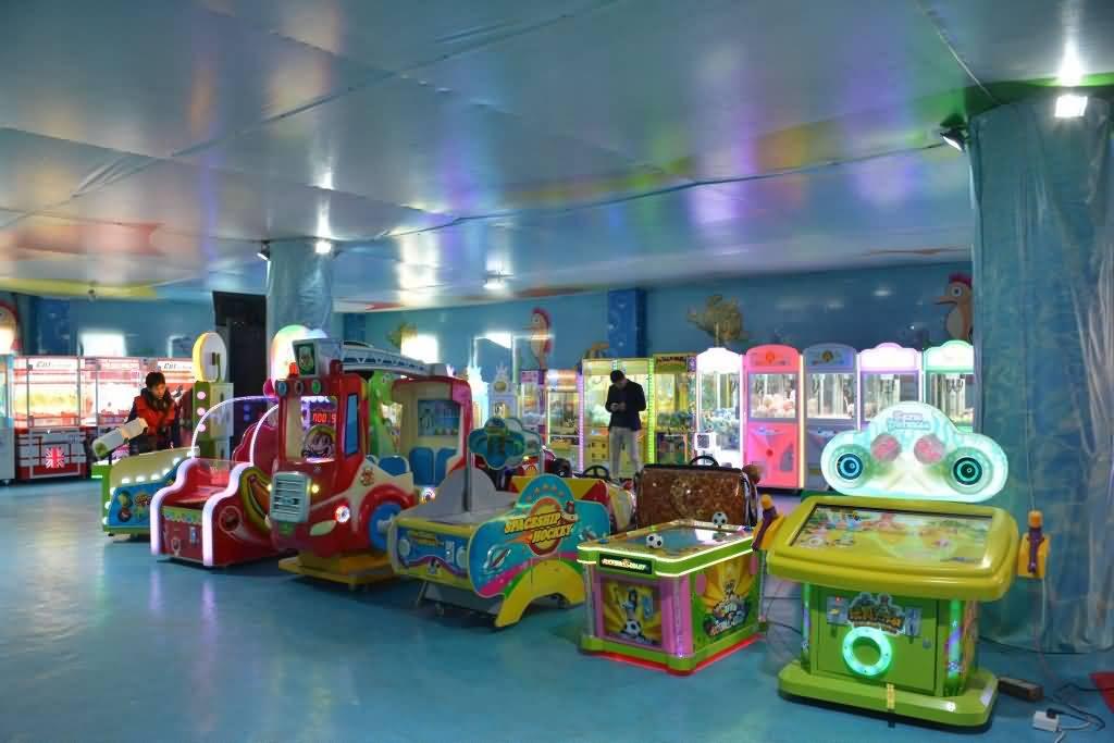 indoor amusement park equipment