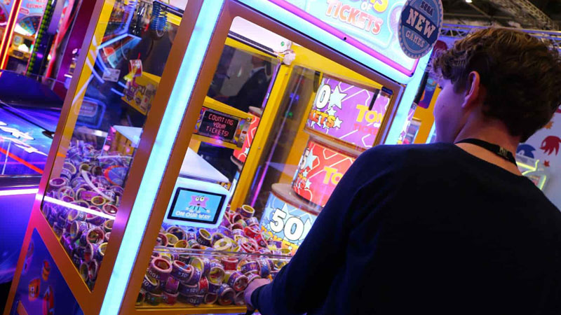 The claw machine – a classic arcade challenge