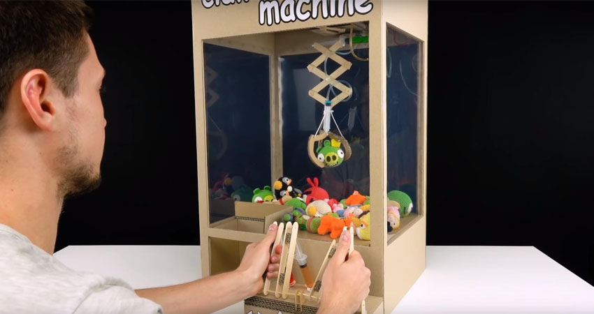 how to make mini claw machine