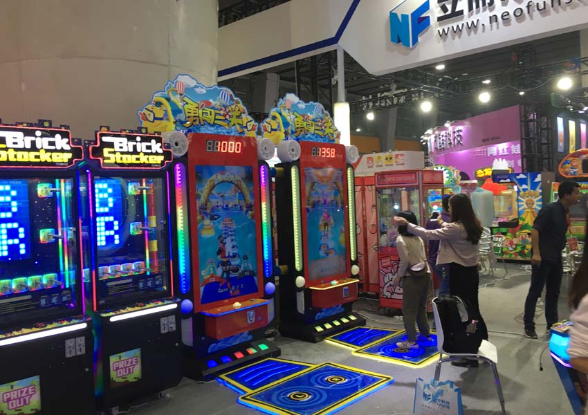 brave 3 level arcade racing games